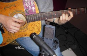 Microphone Placement For Acoustic Guitar Sea Pro
